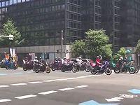 【大阪】日曜の昼間にイナゴのような暴走族の群れが出没!かなりの規模だった模様...。