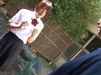 実家が旅館の女子校生、清掃のお手伝い中に変態客からレイプされる!