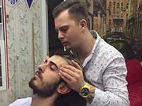 トルコ人理容師の独特なマッサージ動画がホモ臭いけどクセになりそうwww