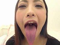 超絶凄い長舌!神納花さんが蛇のような長い舌を使って唾液プレイしてみたよ