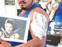 アンジェリーナ・ジョリーのタトゥーをいれた男性の結末が悲しすぎるwww