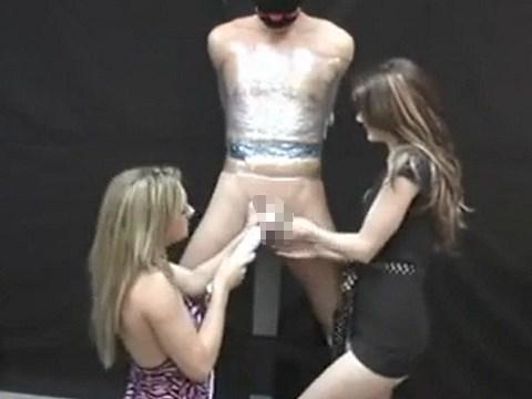 【寸止め焦らし】拘束したM男をS女たちが電マと手コキのダブル責め