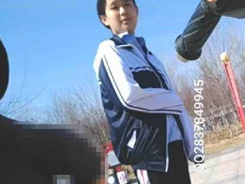 中国人女性たちにいきなりチンコ露出したらどんなリアクションを見せるかやってみたwww