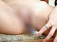 【性転換手術】チンポ切除で身も心も女性となったニューハーフさんの造膣人工ま●こをご覧ください……