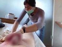 【悲報】ブラジリアンワックスで女性に脱毛されてるパイチン男性がうっかり暴発射精しちゃうハプニングwww