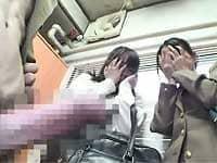 【CFNM】女子校生たちの前でいきなりチ〇ポだしたら「キャーッ!」って驚かれる
