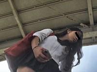 有名インスタグラマー「Mayuri」さんが逆さ撮りでパンチラ盗撮されてる!