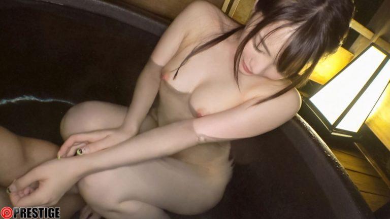 鈴村あいり